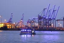 Hamburg, Blue Port 3 von Marc Heiligenstein