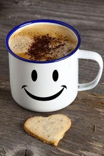 Kaffeebecher mit Smiley Gesicht von Thomas Klee