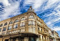 Architektur in Narbonne - Südfrankreich by Thomas Klee