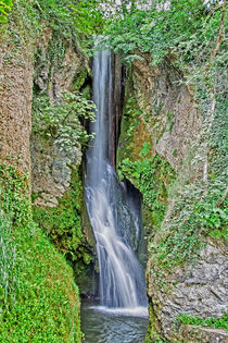 Waterfall at Dyserth von Roger Green