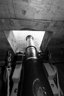 Canon hatch on a tall ship by Intensivelight Panorama-Edition
