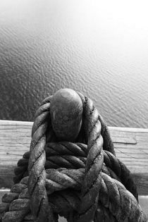 Belaying pins on a tall ship and calm sea - monochrome by Intensivelight Panorama-Edition