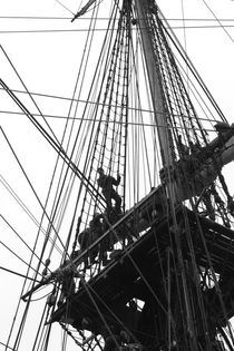 Crew on a tall ship climbing in the rigging by Intensivelight Panorama-Edition