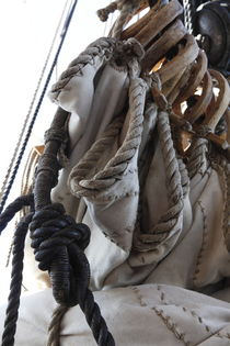 Reefed sails and hemp ropes on a tall ship - close up von Intensivelight Panorama-Edition