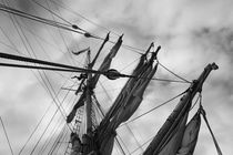 Rigging of a brig - monochrome by Intensivelight Panorama-Edition