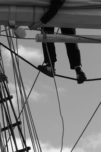 Sailor in the rigging of a brig - monochrome by Intensivelight Panorama-Edition