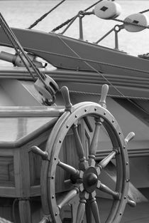 Wheel of a brig - monochrome by Intensivelight Panorama-Edition
