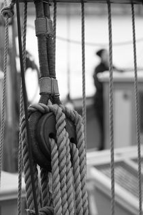 Rigging on a brig - monochrome by Intensivelight Panorama-Edition