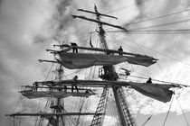 Sailors working in the rigging - monochrome by Intensivelight Panorama-Edition
