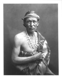 The Medicine Man, c.1915 (b/w photo)  von Bridgeman Art