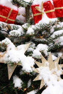 Verschneite Weihnachten - Snowy Christmas 1 by Marc Heiligenstein