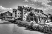 Bakers Wharf  by David Tinsley