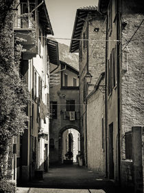 black and white - italian alleys 3 von brava64