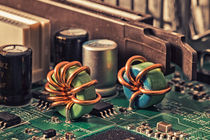 Ausgediente Elektronik by Dietmar Wolf