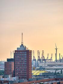 Columbus Haus und Hafen von Steffen Klemz