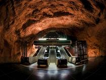 Rådhuset metro station by Alessandro Carpentiero
