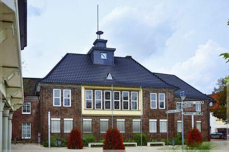 Rathaus-monheim-002h-k