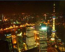 Shanghai bei Nacht by Sabine Radtke