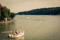 Sailing by Patrycja Polechonska