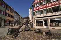 Wangen im Allgäu: Antonius Brunnen und Kirche  von Mark Gassner