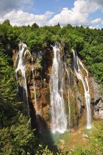 Kroatien, Plitvice: Großer unterer Wasserfall by Mark Gassner