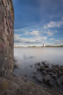 Die Elbe gefiltert. von Jan Adenbeck