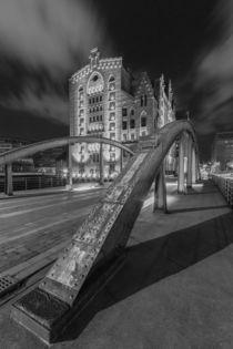 Nachts am Museum by Jan Adenbeck