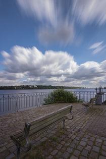 Ein Platz an der Elbe by Jan Adenbeck