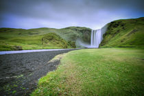 Iceland water fall by Simon Andreas Peter