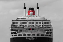 Queen Mary 2 Colorkey by Jan Adenbeck