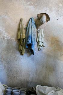 A potter's closet, Fez von Tasha Komery