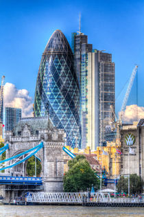 The Gherkin and Tower Bridge von David Pyatt