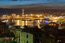 The ancient port in Genova, Italy von Antonio Scarpi