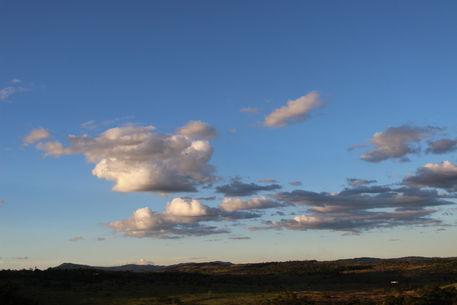 Izai-amorim-sky-over-liberty-farm-number-10