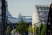 Die Queen Mary 2 in der HafenCity Hamburg von ta-views