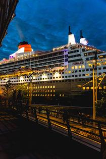 Kreuzfahrtschiff Queen Mary 2 von Lars Niebling