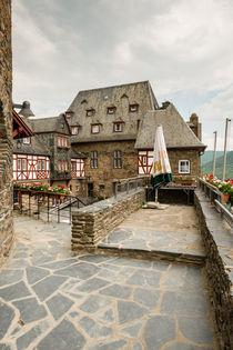 Burg Stahleck-Innenhof 6 von Erhard Hess