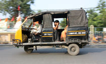 Indian rickshaw 2 von studio-octavio