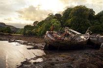 Scotland, Ship Wreck at Salen Beach – Isle of Mull von Cindy Netsch
