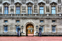 Buckingham Palace London by David Pyatt
