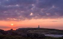 Leuchtturm im Sonnenuntergang von Christine Baumgartner
