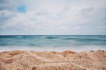 'The beach' von Melanie Langer