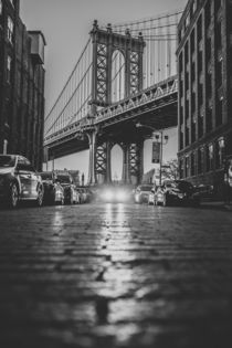 Manhattan Bridge by Franziska Molina