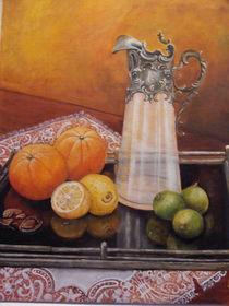Karaffe und Zitrusfrüchte von Dorothy Maurus