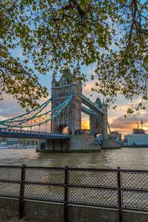 Tower Bridge by Martin Büchler