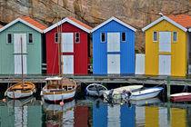 bunte Bootshäuser in Bohuslän - Schweden von Peter Bergmann