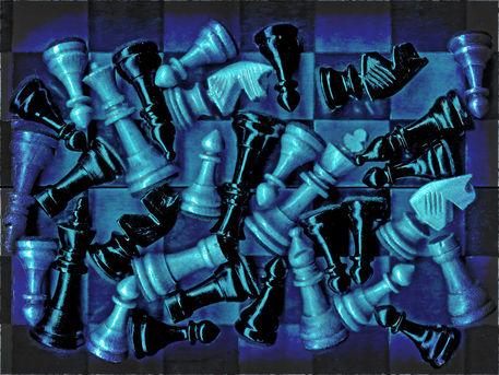 Schach-pos-farbnach-2014