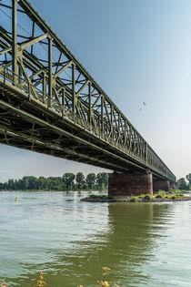 Mainzer Südbrücke 6 by Erhard Hess