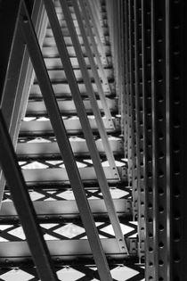 Unter der Brücke von STEFARO .