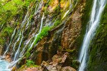fallendes Wasser by moqui